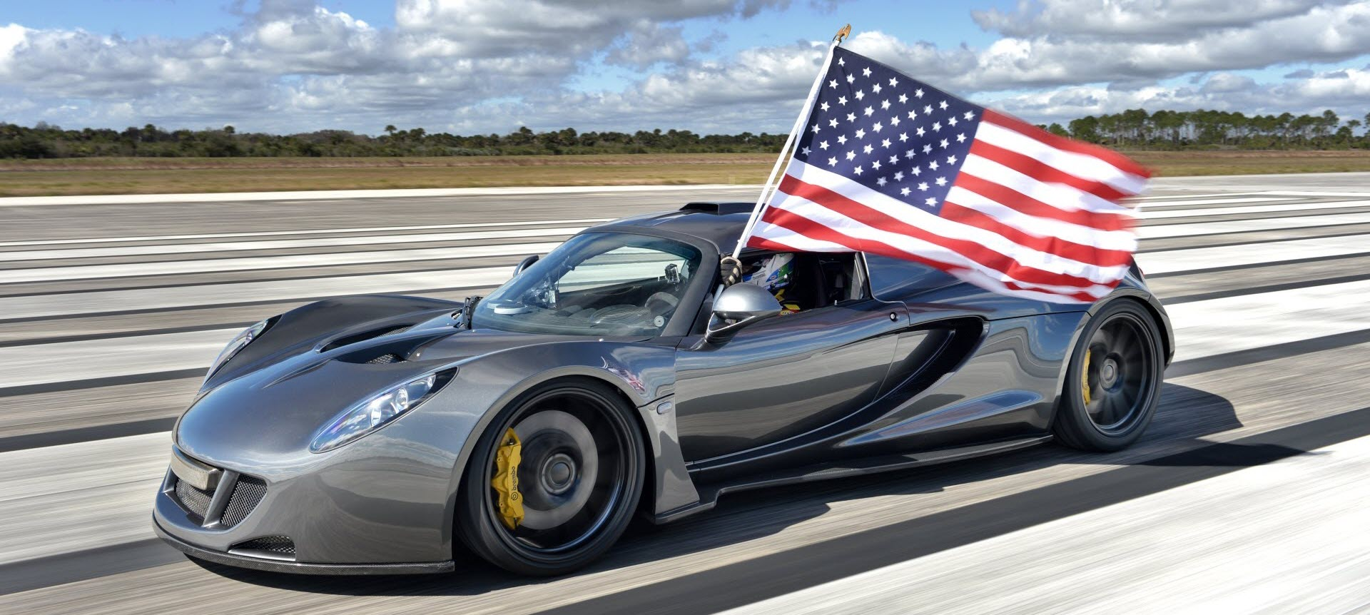 Venom GT | The Worlds Fastest Hypercar | 270.49 MPH